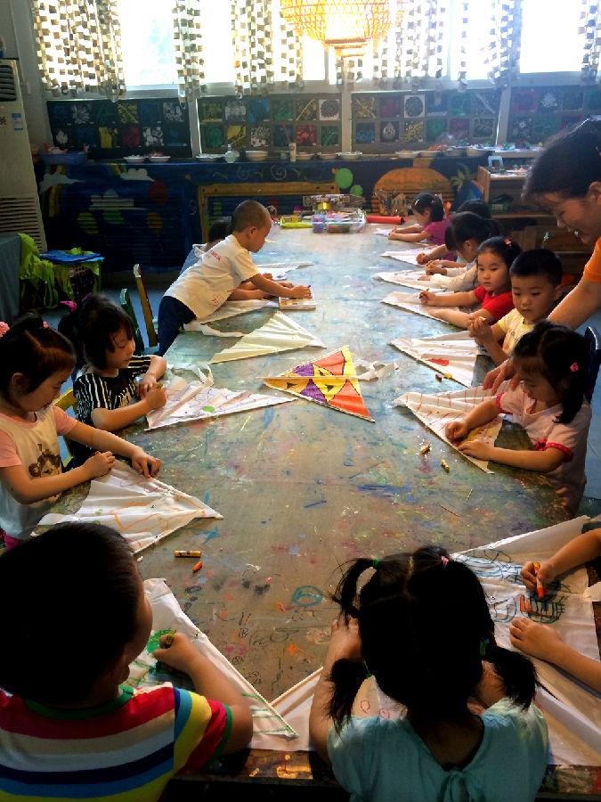 武汉邮科院幼儿园 风筝